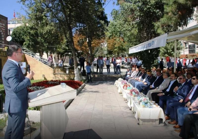 MERZİFON'DA KURBAN BAYRAMINDA KAYMAKAM VEDA KONUŞMASINI YAPTI