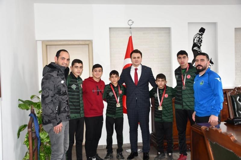 Gümüş Spor Kulübü Sporcuları Ödüllendirildi