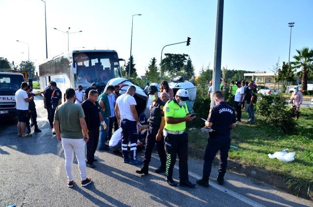 Samsun da Otobüs ile otomobil çarpıştı:1ölü 2 yaralı