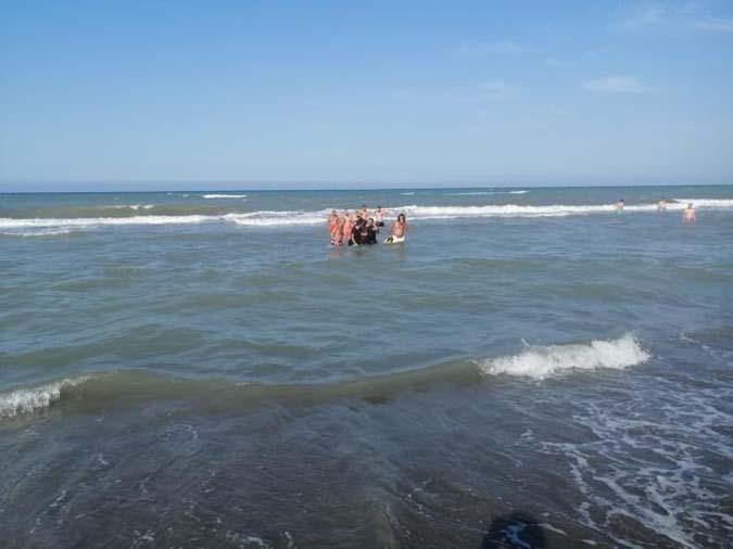 Serinlemek İçin Denize Giren 16 Yaşındaki Kız Hastanede Hayatını Kaybetti