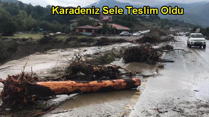 Karadeniz sele teslim! Sağanak yağış Bartın, Sinop, Samsun, Kastamonu ve Karabük'te hayatı felç etti