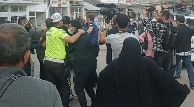Meral Akşener'e Saldırı