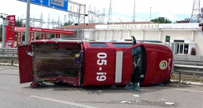 Son dakika haber: Yangın ihbarına giden ekip kaza yaptı: 5 yaralı