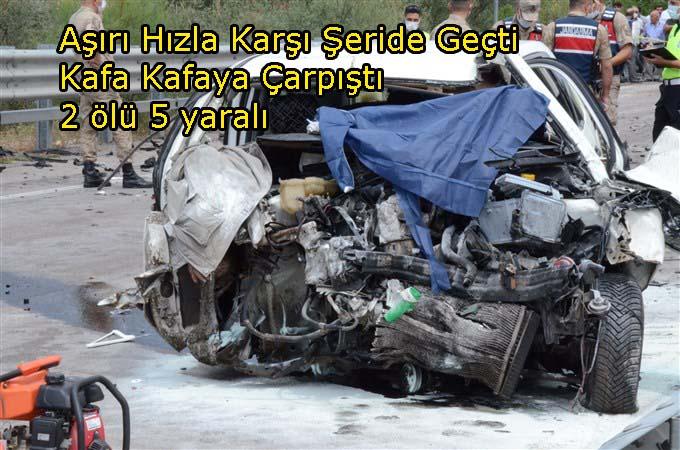 Taşova Yolunda İki Otomobil Kafa Kafaya Çarpıştı:2 Ölü 5 Yaralı