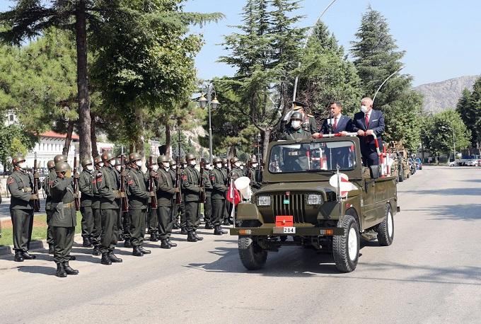 30 Ağustos Zafer Bayramı İlimizde Yavuz Selim Meydanında Gerçekleştirilen Törenle Coşkuyla Kutlandı