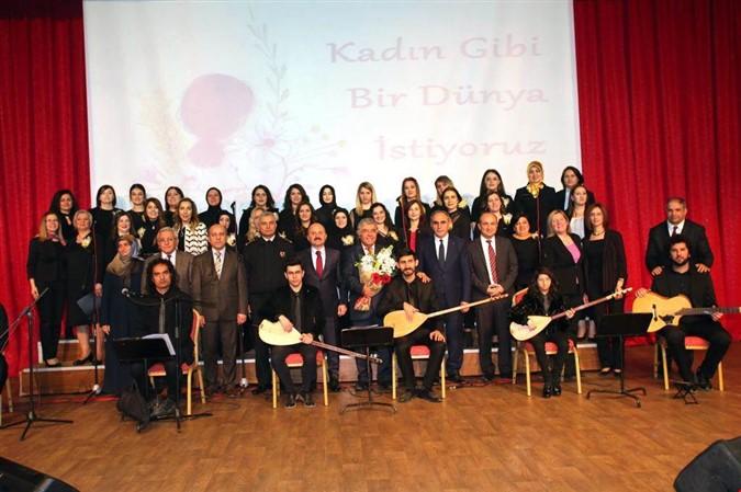8 Mart Dünya Kadınlar Günü Kutlama Programı Düzenlendi