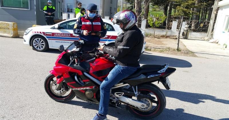 Amasya İl Jandarma Komutanlığı Motosikletlere Yönelik Özel Denetim Gerçekleştirildi