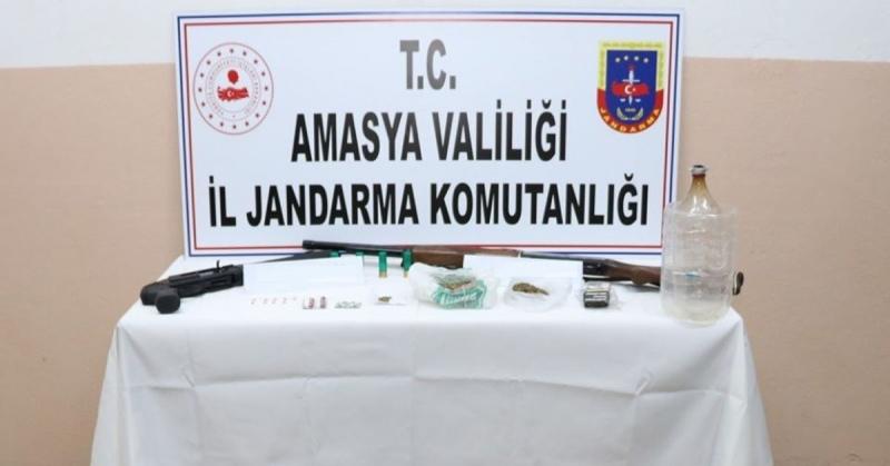 Amasya İl Jandarma Komutanlığı Ekipleri, Uyuşturucuyla Mücadeleye Yönelik Faaliyetlerini Sürdürüyor