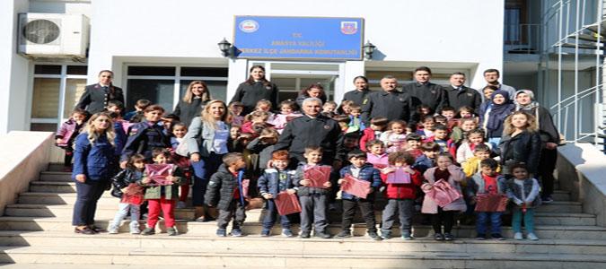 Amasya İl Jandarma Komutanlığı Tarafından Dünya Çocuk Kitapları Haftası Etkinliği