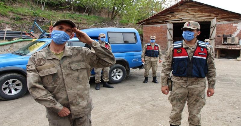 Amasya İl Jandarma'dan Fedai İnan'a Doğum Günü Sürprizi