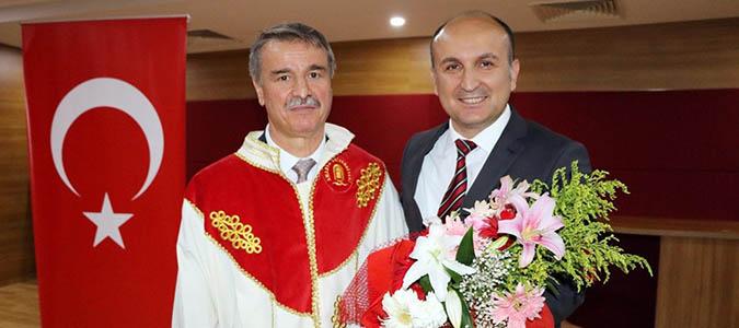 Amasya Üniversitesinde Nöbet Değişimi.