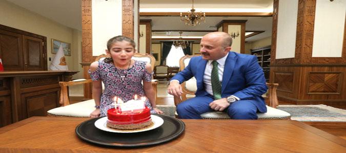 Amasya Valisi Dr. Osman Varol'dan Doğum Günü Sürprizi