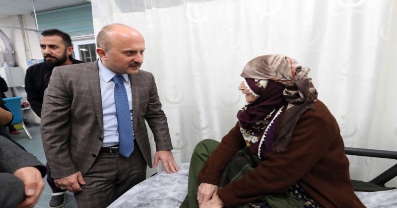 Amasya Valisi Varol'dan Hastane Acil Servis Zİyareti