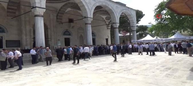 Amasya'da Bayramlaşmalar, bu yıl  Sultan II. Beyazıt Külliyesinde yapıldı.