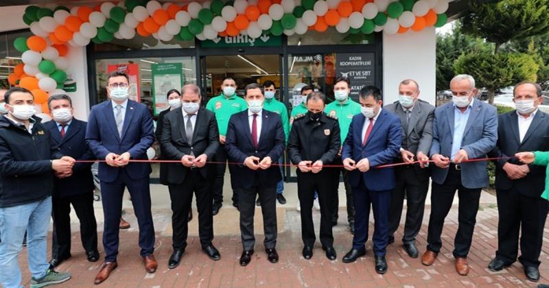 Amasya'da Tarım Kredi Kooperatif Marketinin Açılışı Yapıldı