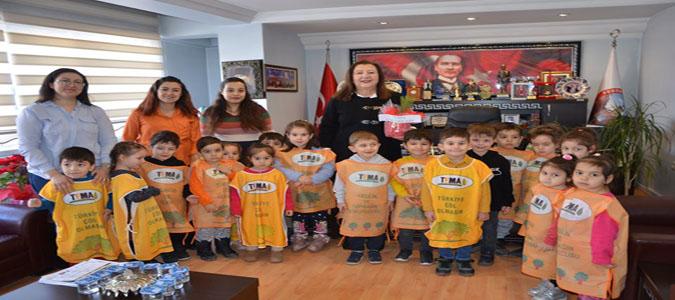 Anaokulu Öğrencileri'nden Başkan Özyol'a Ziyaret