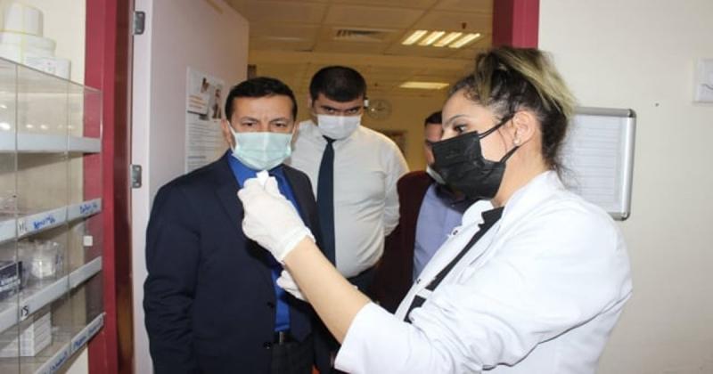 Aşı Uygulama Odalarında İncelemelerde Bulundu