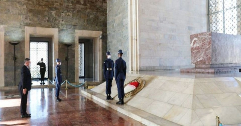 Başkan Kargı, Anıtkabir'i Ziyaret Etti