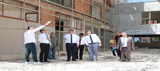 Başkan Kargı, Merzifon İş ve Yaşam Merkezi İnşaatın'da İncelemelerde Bulundu