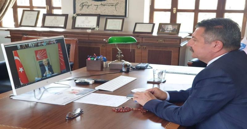 Başkan Kargı,Pandemi Dönemi ve Türkiye'deki Genel Durum Değerlendirmesi için Gerçekleştirilen Telekonferans Görüşmesine Katıldı