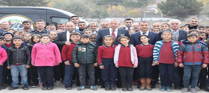 Başkan Sarı, Mezun Olduğu Okulu Ziyaret Etti