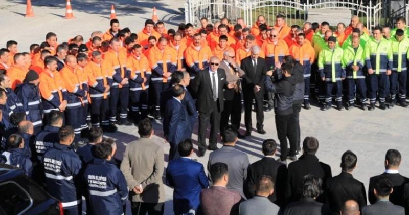 Başkan Sarı; 'Tüm İşçilerimizin Emek ve Dayanışma Günü Kutlu Olsun'