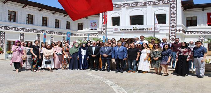 Boşnak Öğrencilerden Başkan Vekili Bozkurt'a Ziyaret