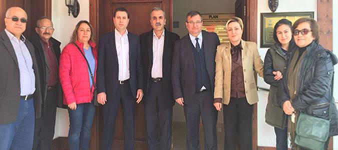 CHP seçim gezilerine devam ediyor
