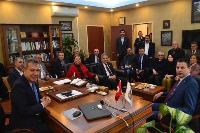 CHP ve İYİ Parti Heyetinden Amasya Barosu'na Ziyaret