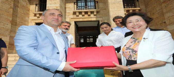 Çinli Turizm Seyahat Acenteleri Yöneticileri, Vali Vekili Turgay İlhan'ı Ziyaret Etti.