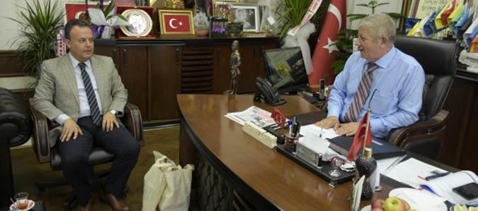 Erbaa Kaymakamı Karacan'dan Başkan Sarı'ya ziyaret
