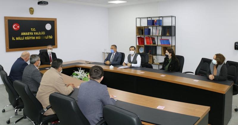 Gümüşhacıköy Erasmus Projeleri Değerlendirme Toplantısı Düzenlendi