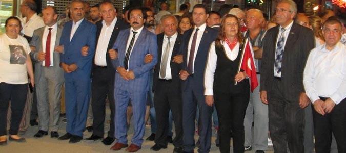 Gümüşhacıköy'de Milli İradeye Saygı ve Zafer Yürüyüşü'
