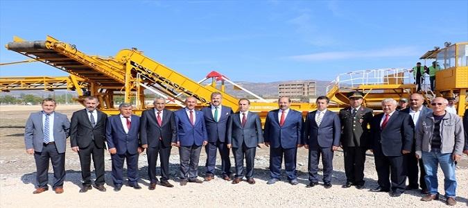 Gümüşhacıköy'de Pancar Toplama Merkezi Açıldı