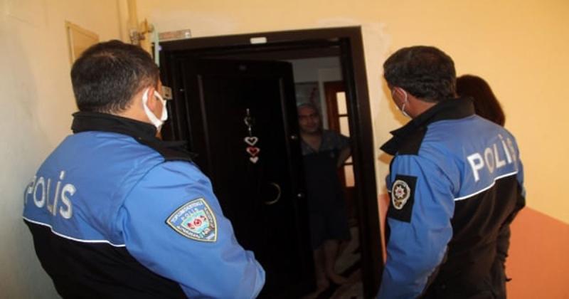 Kapı Kapı Vatandaşları Ziyaret Ederek Koronavirüse Karşı Uyarılarda Bulundular