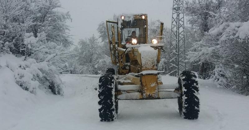 Kar Nedeniyle 42 köy Yolu Ulaşıma Kapandı