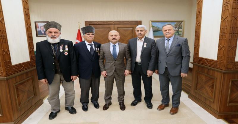 Kıbrıs Gazilerimize Milli Mücadele Madalyaları ve Beratları, Vali Varol Tarafından Tevcih Edildi