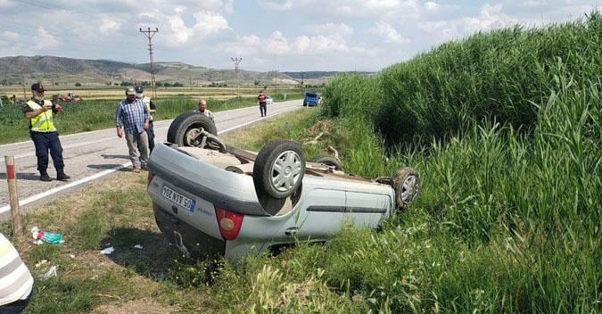 Kontrolden çıkan otomobil takla attı, sürücü yaralandı