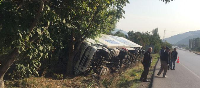 Kuzgece Köyü kavşağında Kaza