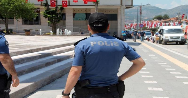 Maske Takmayan 150 Kişiye 140 Bin Lira Para Cezası Uygulandı