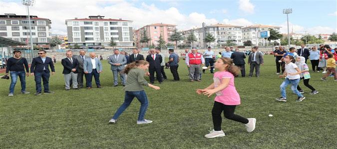 Merzifon Geleneksel Çocuk Oyunları Şenliği Başladı