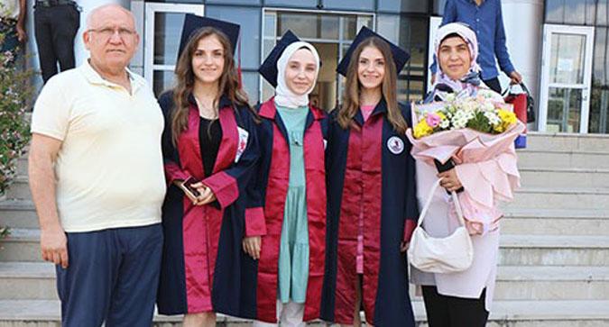 Samsun'da üçüz kardeşlerin parmak ısırtan başarısı