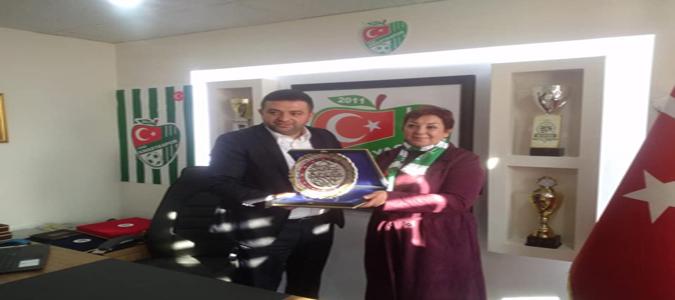 Serpil Saraçoğlu'ndan Yeni Amasya Spor'a Ziyaret