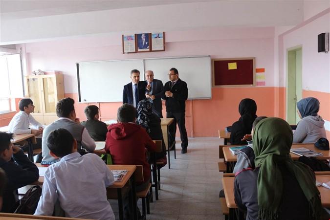 Suluova Yunus Emre Ortaokulu Öğrencileri Uluslararası Sınava Hazırlanıyor