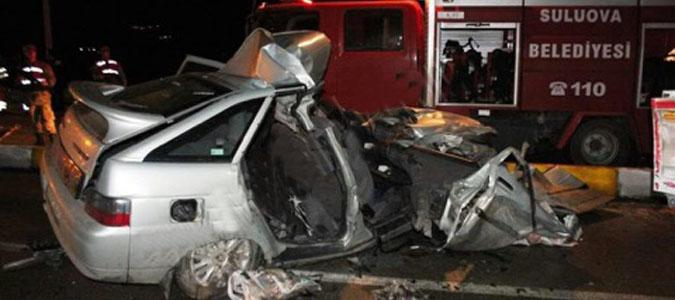 Suluova'da Feci Kaza: 2 Ölü, 4 Yaralı.