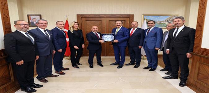 (TOBB) Başkanı Rifat Hisarcıklıoğlu, Vali Varol'u Ziyaret Etti