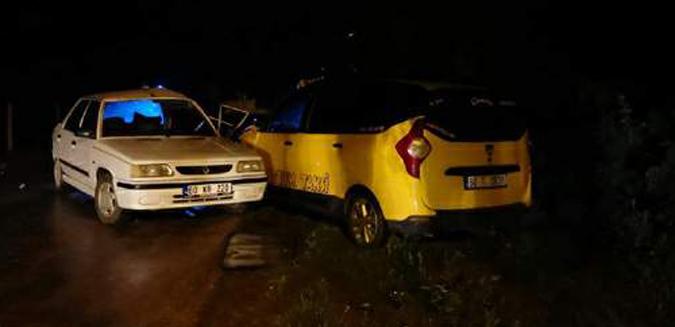 Tokat'ta taksi ile otomobil çarpıştı: 6 yaralı