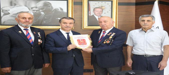 Türkiye Muharip Gaziler Derneği Amasya Şubesi'nden Rektör Elmacı'ya Ziyaret