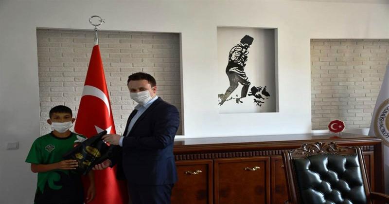 Türkiye Şampiyonu Ödüllendirildi