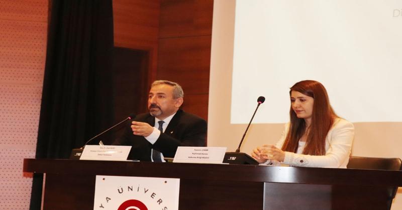 'Türkiye'deki Proje Hibe Programları' Konulu Konferans Gerçekleşti